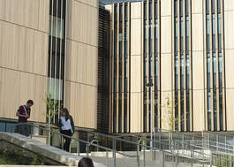 Institution featured at 70 percent quality 943 front shot of campus building uni southampton20120906 2 1pacoif
